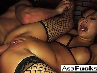 Asa Akira gets her ass fucked