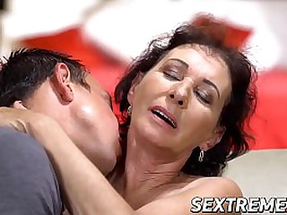 Sex starved granny fucks with young guy