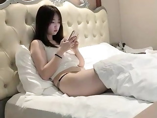 Looks innocent and hot body big tits girl hotel 3P sex