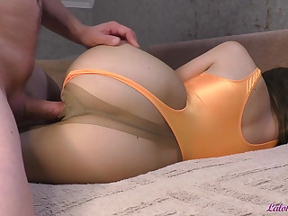 Student in Pantyhose Gave Blowjob and Had Passionate Sex