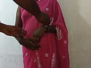 desi indian tamil telugu kannada malayalam hindi horny cheating wife vanitha wearing blue colour saree showing big boobs and shaved pussy press hard boobs press nip rubbing pussy masturbation