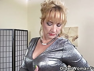 Euro mature Victoria lowers her pink panties and gives her shaven pussy the attention it needs (brand NEW video available in Full HD 1080P). Bonus video: European milf Angelina.